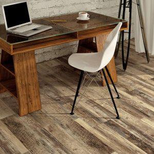 Laptop on table   Kirkland's Flooring